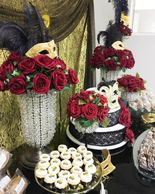 decoração baile de máscaras