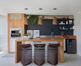 banquetas modernas para área gourmet planejada com churrasqueira  Foto Casa de Valentina