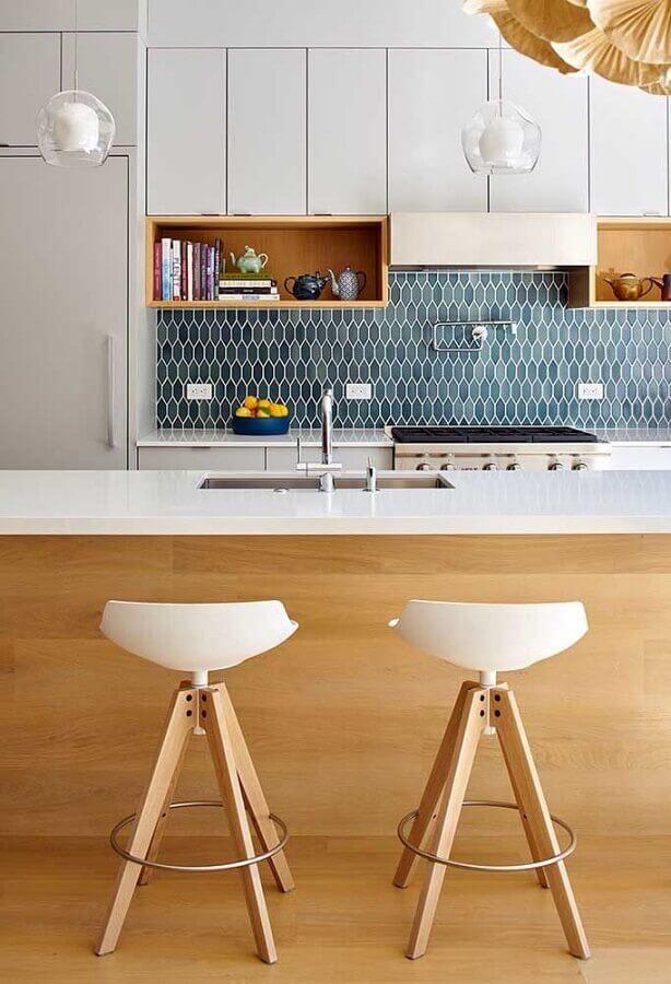 banquetas modernas para cozinha com ilha Foto Architizer
