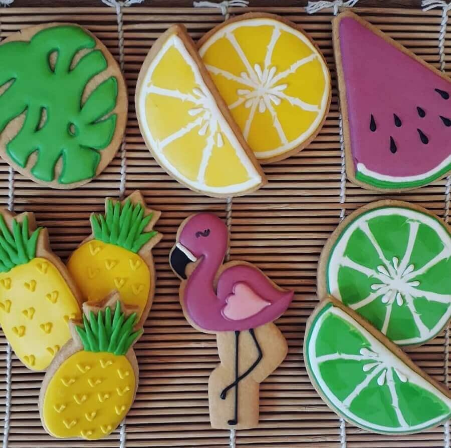 biscoitos decorados para festa flamingo e abacaxi Foto Segredos de Família Bakery