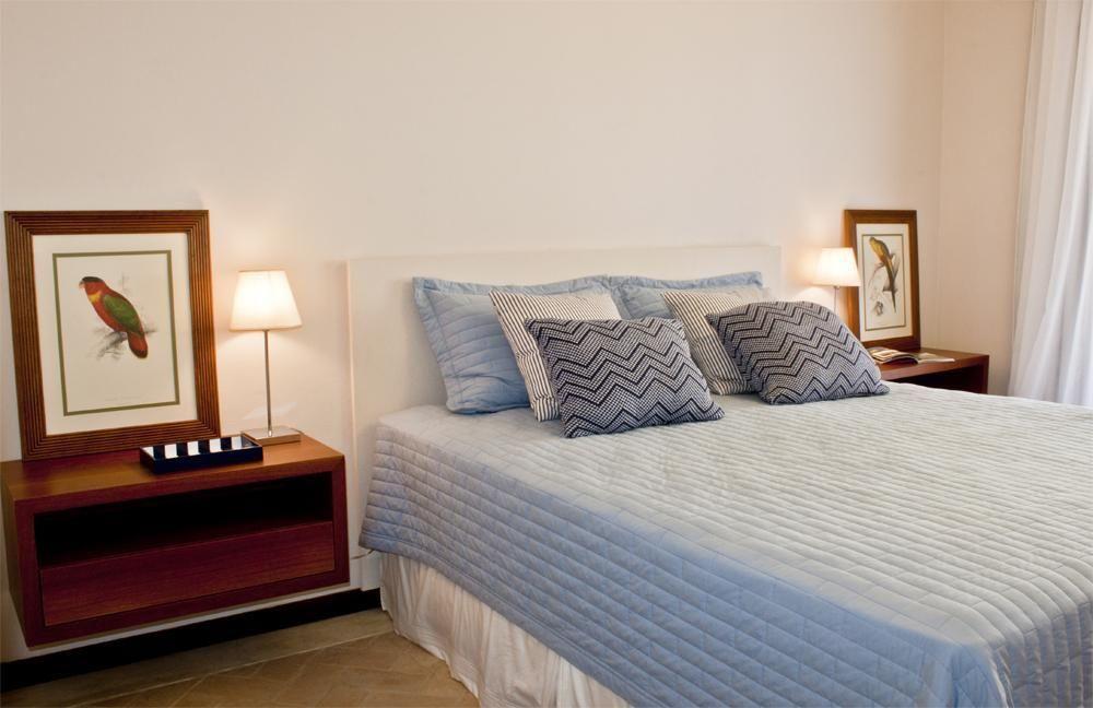 cabeceira - quarto com cabeceira branca simples