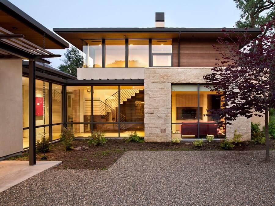 casa em formato de l Foto Webcomunica