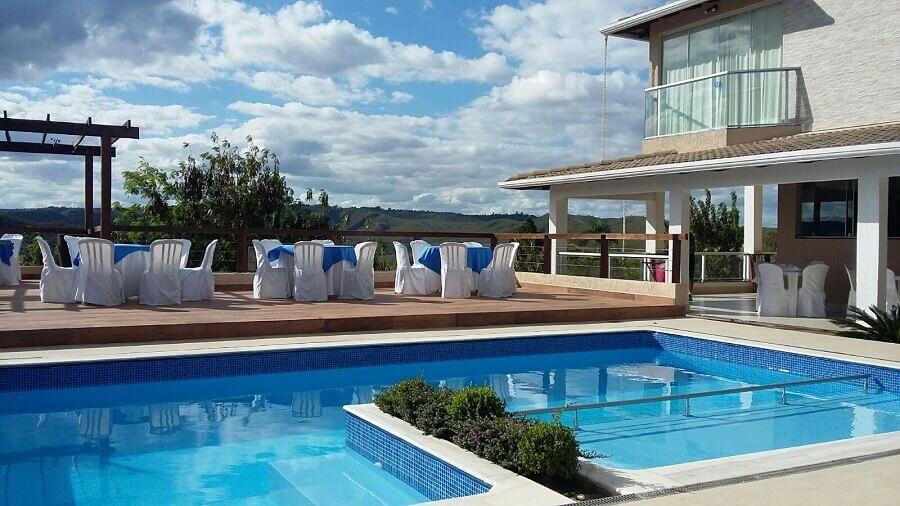 casa sofisticada com piscina de alvenaria