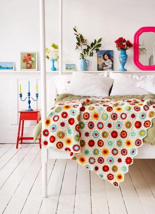 Colcha de cama de casal com flores