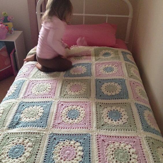 Colcha de cama de crochê para quarto infantil