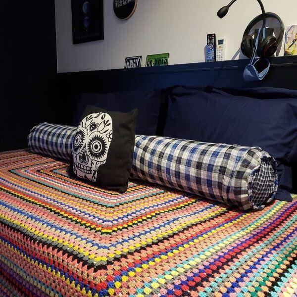 Colcha de crochê solteiro para quarto moderno
