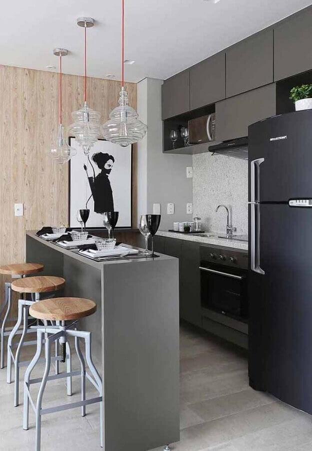 cozinha pequena moderna decorada com quadro preto e branco Foto Pinterest
