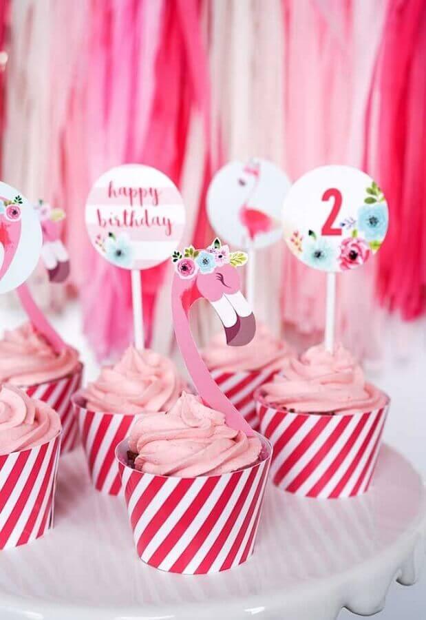 cupcakes para festa de aniversário de flamingo Foto Pinterest