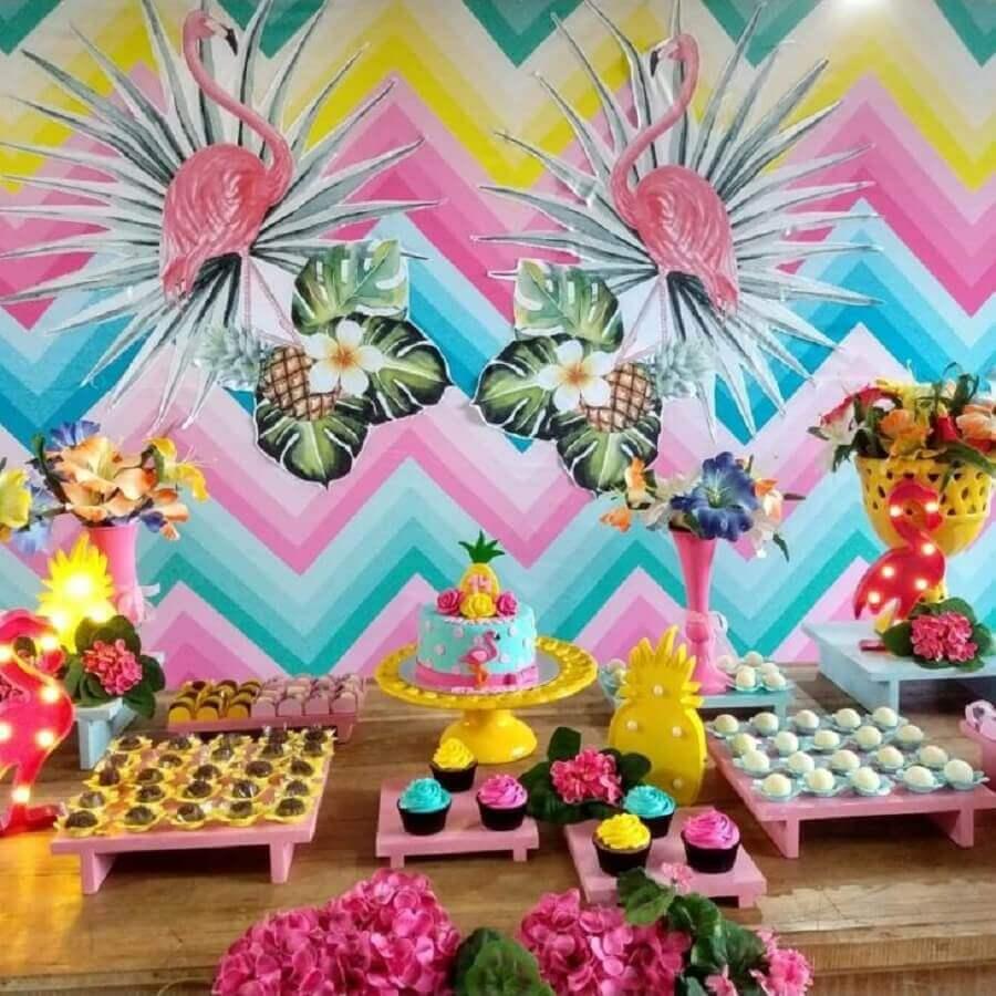 decoração colorida para festa flamingo e abacaxi Foto Arte em Criar