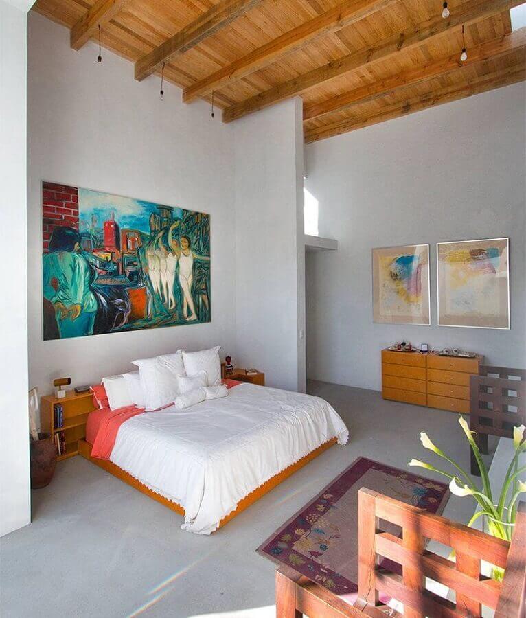 decoração com quadros coloridos para quarto de casal em tons neutros Foto Pinterest