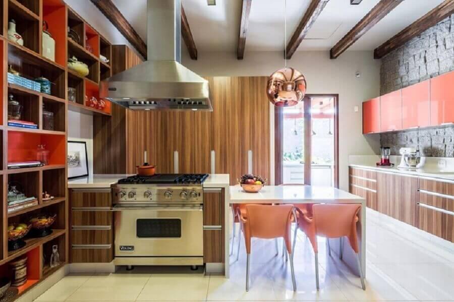decoração cozinha planejada grande com pendente cobre rose Foto Antônio Ferreira Junior e Mário Celso Bernardes