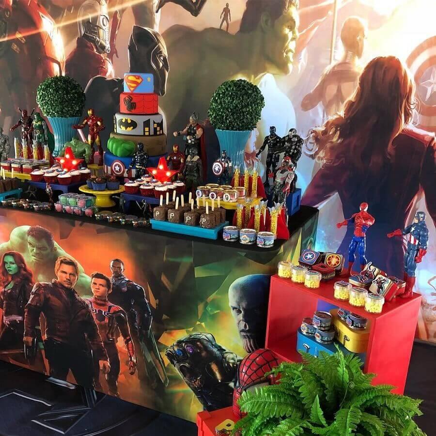 Avengers party decoration Foto Mirian Zuh