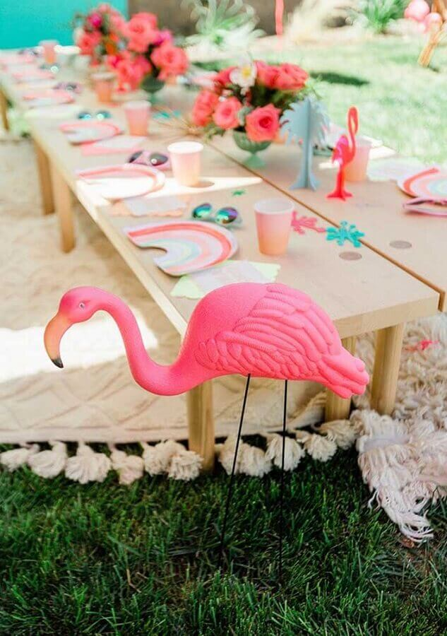 Flamingo outdoor party decoration Photo PartyBox