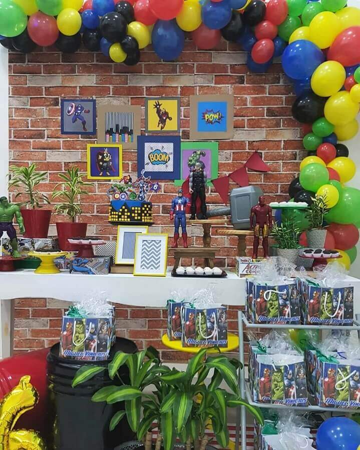 decoration of avengers children's party Photo Perfect Day Patrícia Noronha