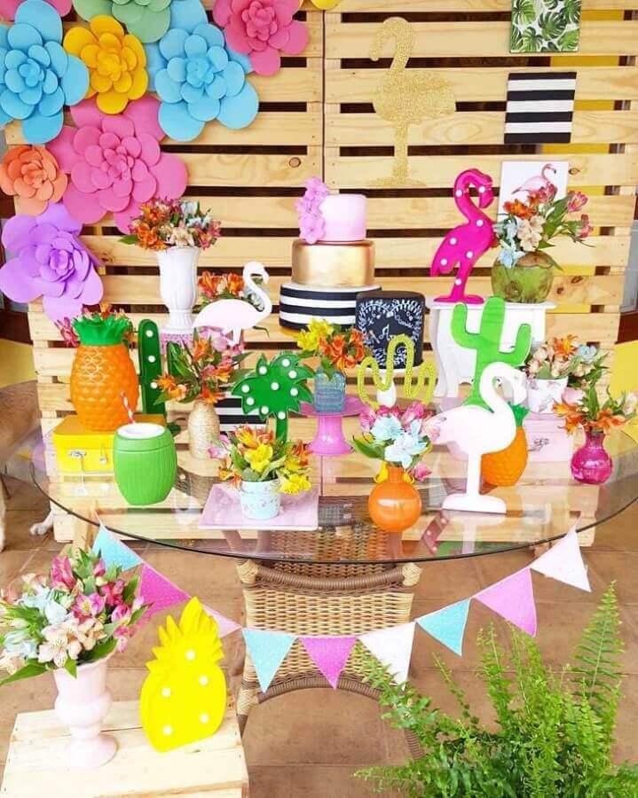 decoração de mesa para festa de aniversário de flamingo Foto Bliss Festas