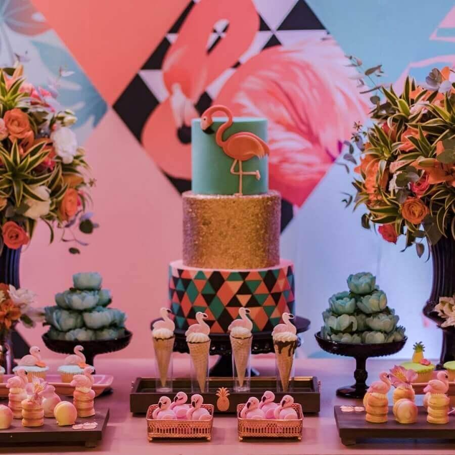 decoração de mesa para festa flamingo azul e rosa Foto Mimos and Party