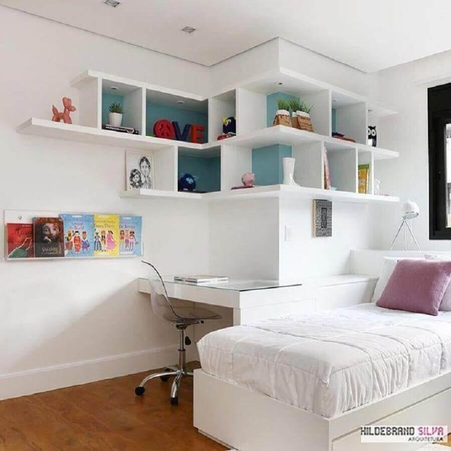 decoração de quarto juvenil planejado todo branco Foto Hildebrand Silva Arquitetura