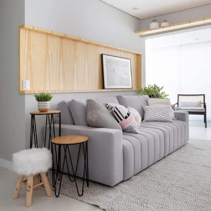 decoração minimalista com sofá cinza Foto Moana Arquitetura