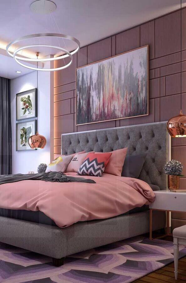 decoração moderna com quadros para quarto de casal rosa e cinza Foto Wood Save