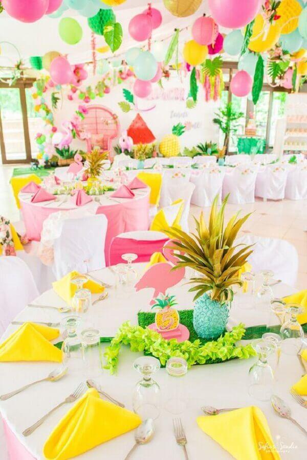 decoração para festa flamingo tropical Foto Kara's Party Ideas