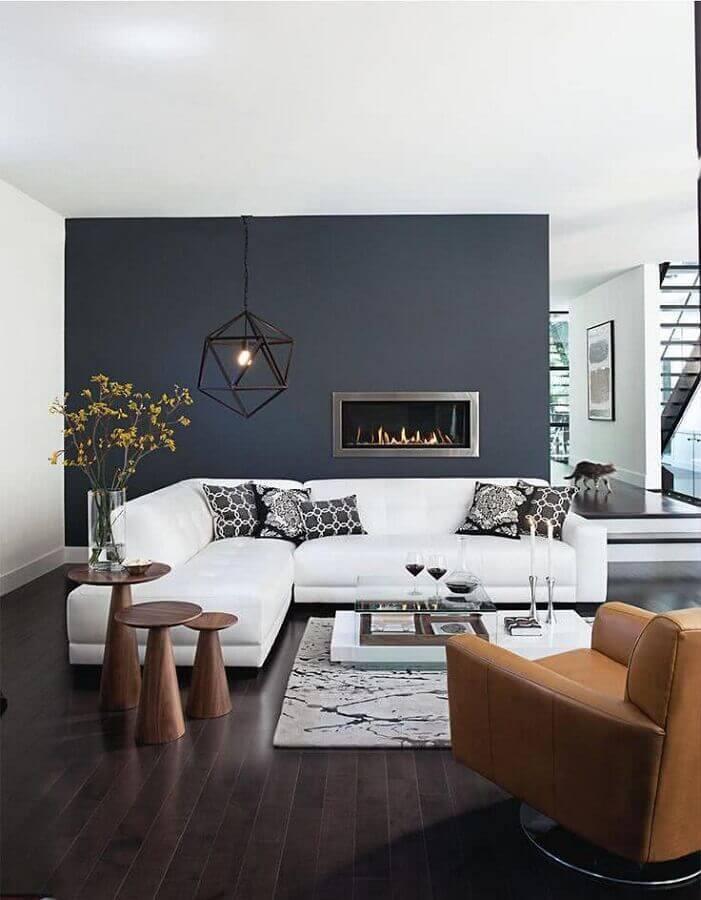 decoração sala grande moderna com lareira e sofá de canto branca Foto Homis Home
