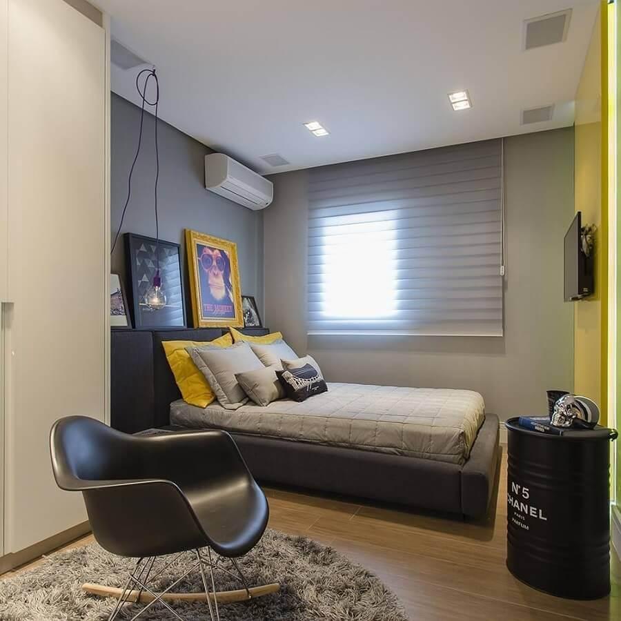 decoração simples de quarto juvenil masculino Foto Bárbara Dundes