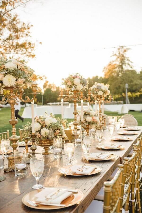 decoração sofisticada para aniversário de casamento bodas de ouro ao ar livre Foto Ideias para Decorar