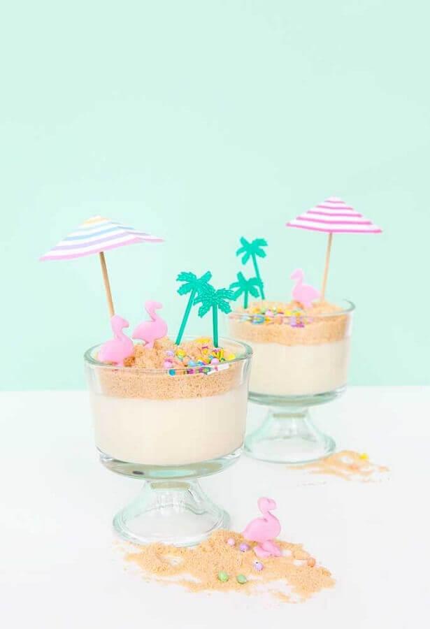 doces decorados em taças para festa tema flamingo Foto Ideas Decor