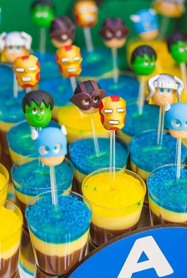 docinhos divertidos para festa dos vingadores  Foto Pinterest