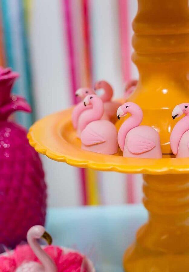 docinhos personalizados para festa do flamingo Foto Pinterest