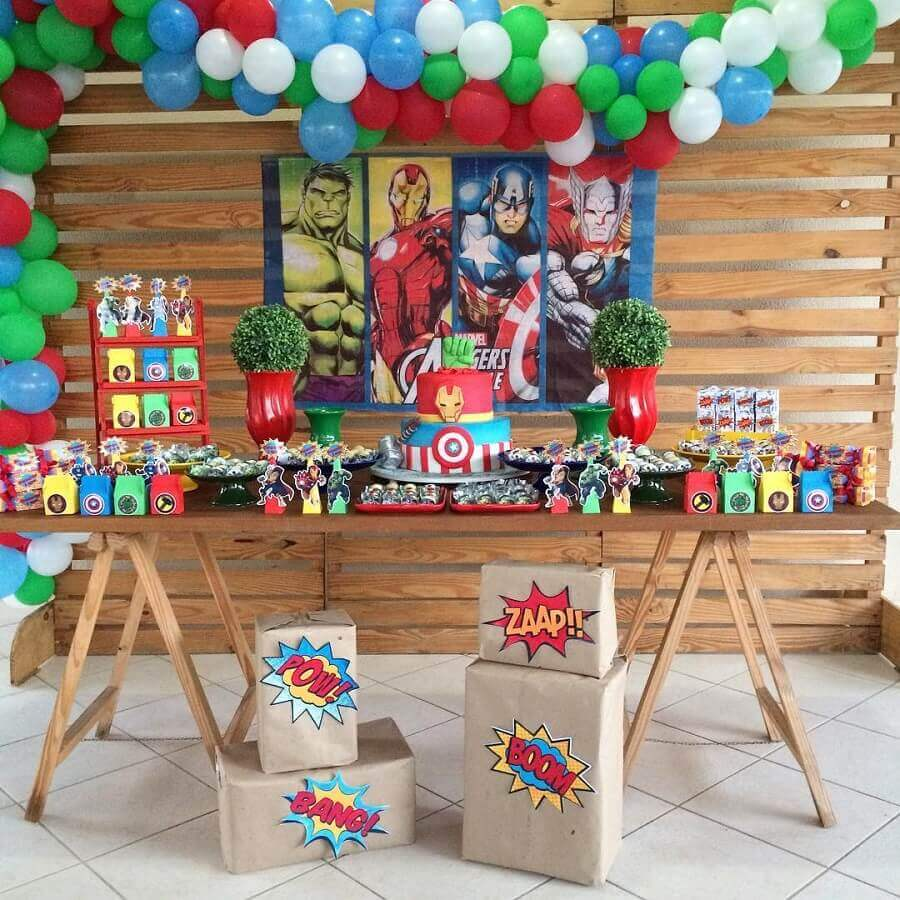 simple and rustic avengers party Photo Rentals p7