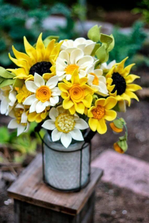 Flor de feltro girassol e margaridas