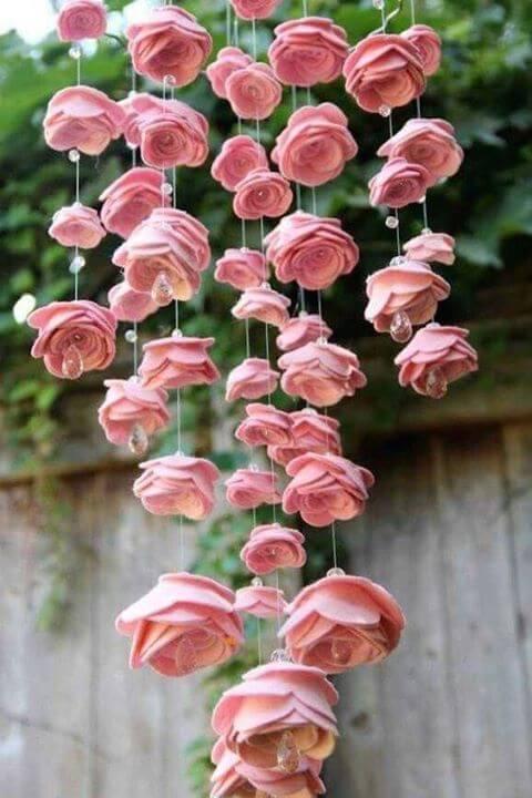 Decoração de flor de feltro