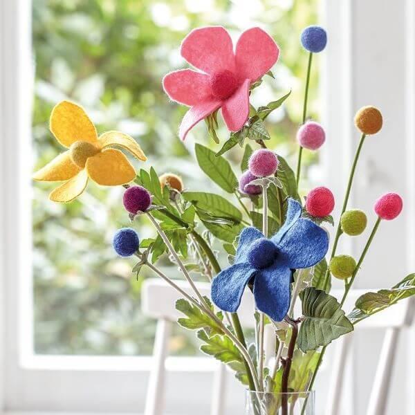 Flor de feltro coloridas