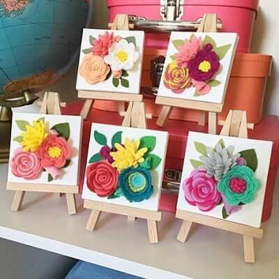 Quadros com flores de feltro