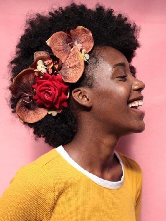 Flores vermelhas para usar no cabelo