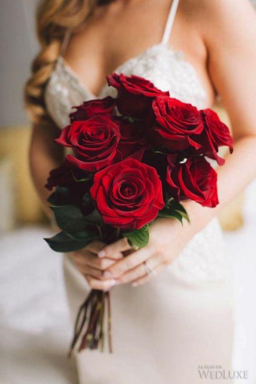 Buquê de flores rosas vermelhas
