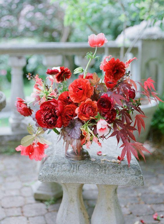 Flores vermelhas variadas