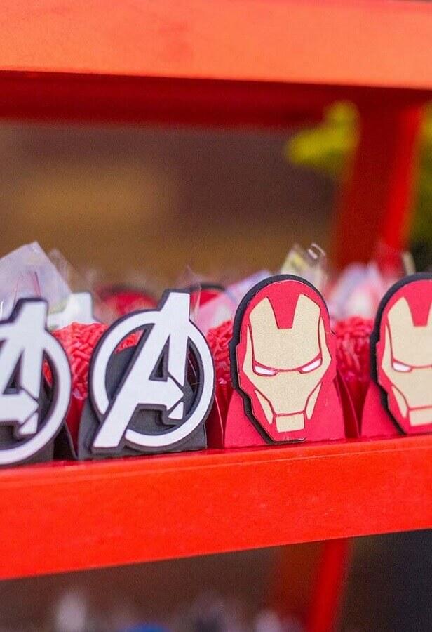 forminhas de doces para festa dos vingadores  Foto Pinterest