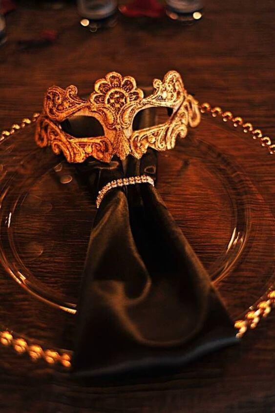 Guardanapo para decoração de festa baile de máscaras