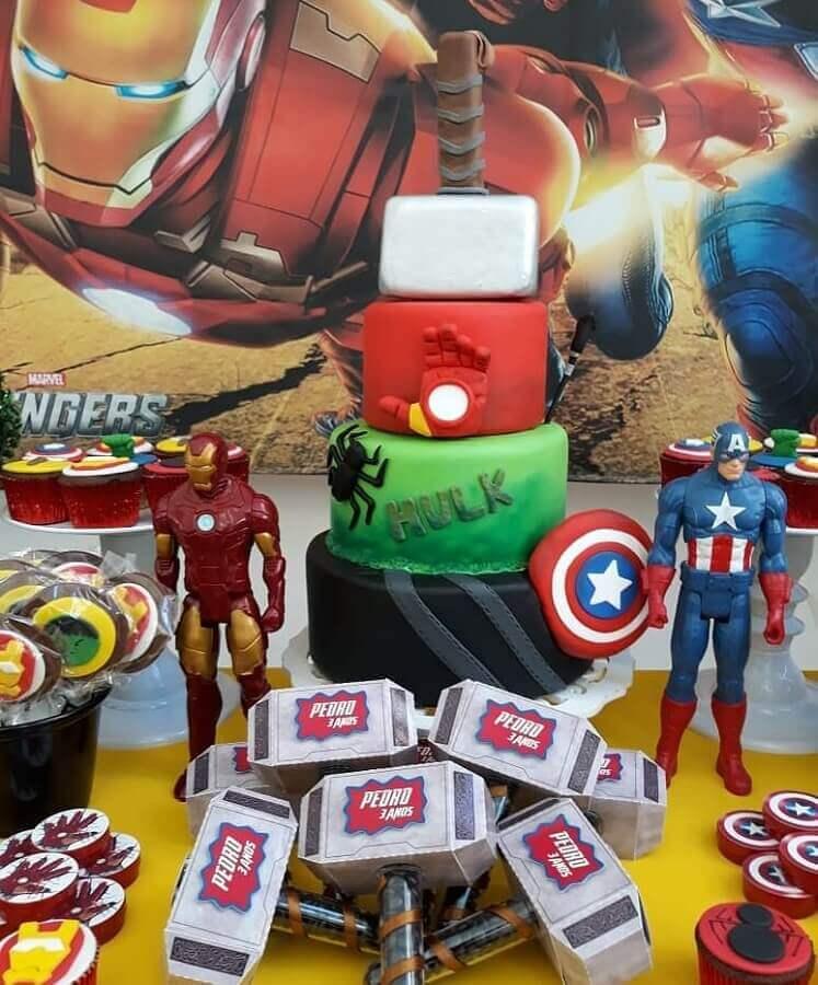 ideias para festa dos vingadores decorada Foto Artheca Caren Lopes