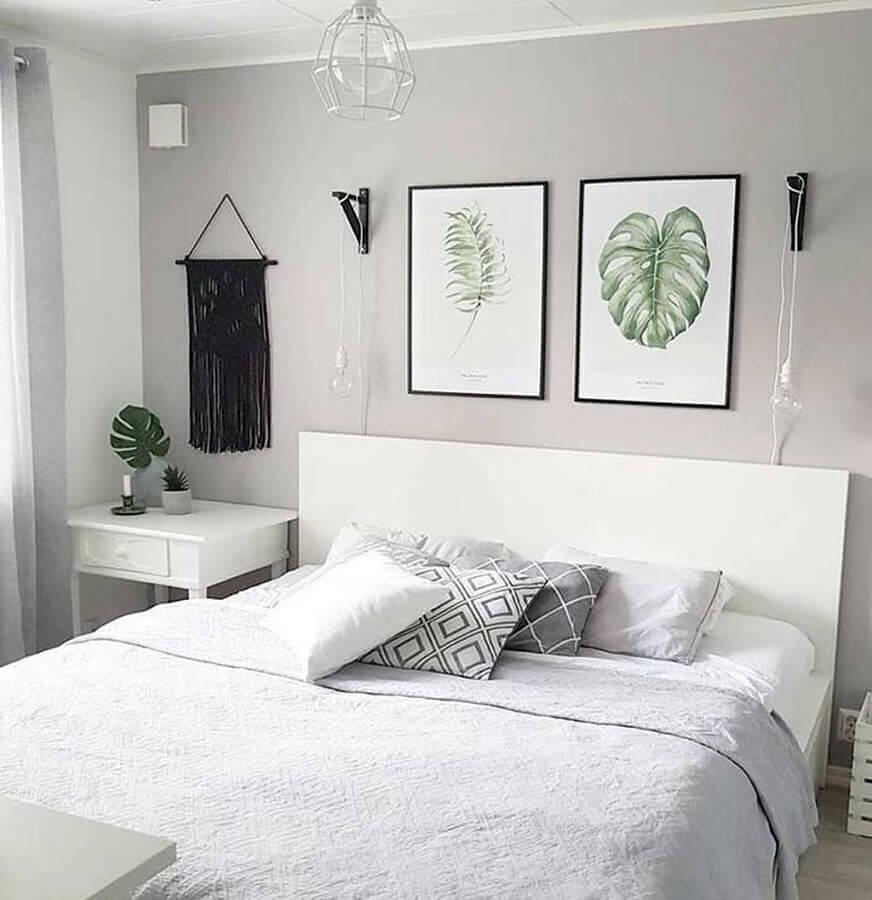 kit de quadros para quarto de casal branco e cinza Foto Webcomunica
