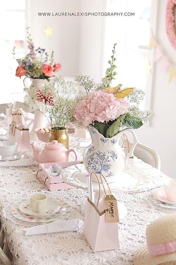 Lembrancinha de mesa na decoração festa