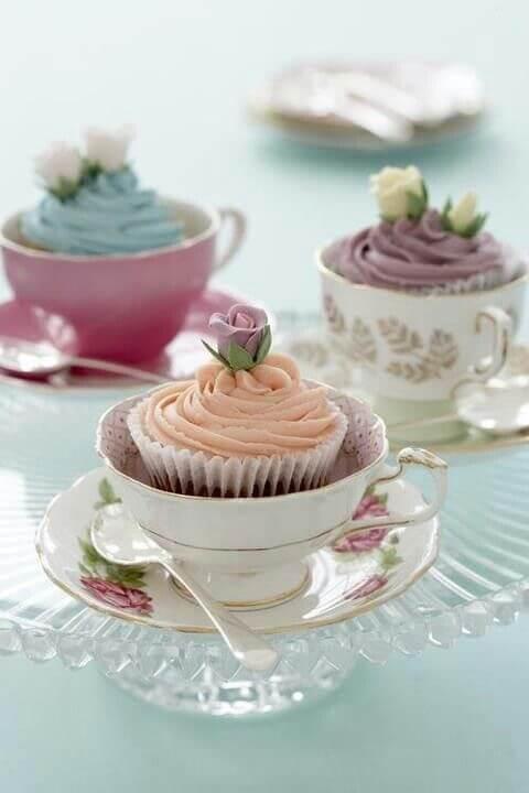Lembrancinha de mesa para aniversário com cupcake