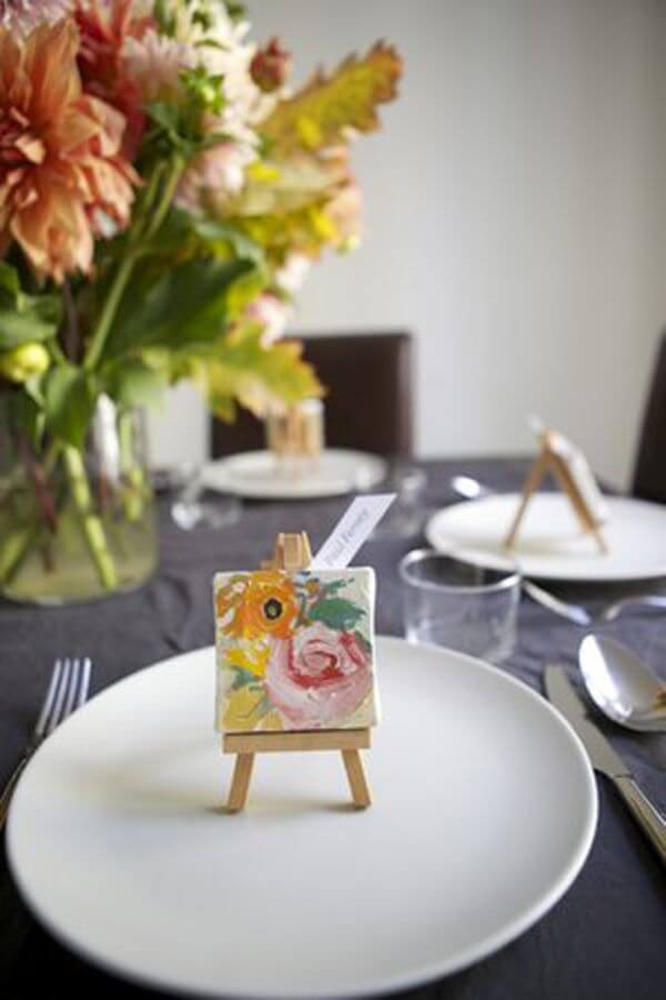 Creative wedding table souvenirs