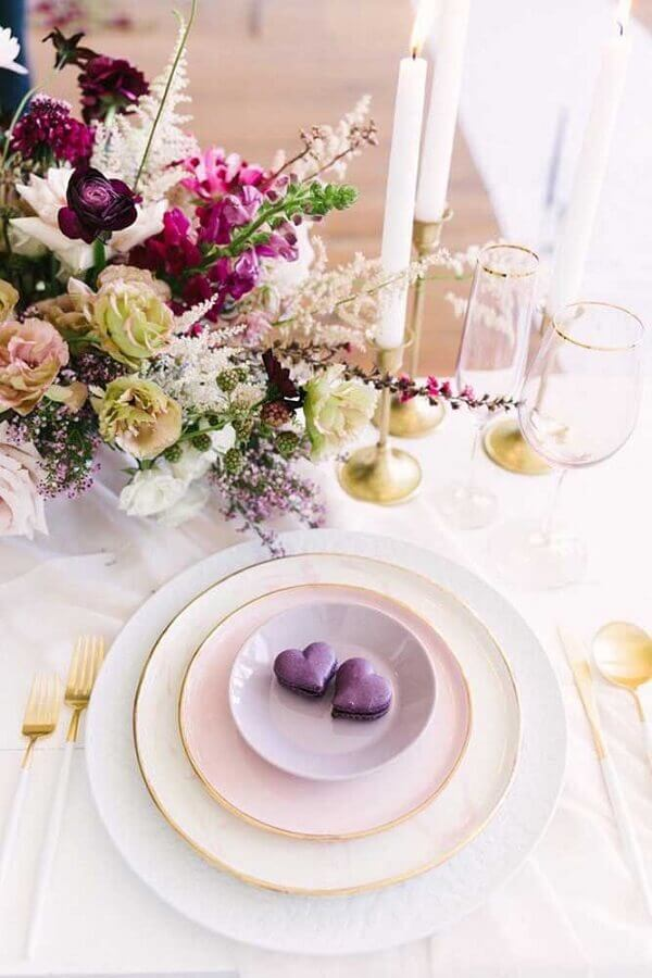 mesa delicada decorada para aniversário de casamento Foto Pinterest