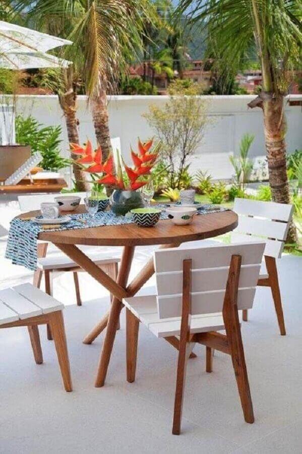mesa e cadeira para varanda com jardim Foto Decoração de Casa
