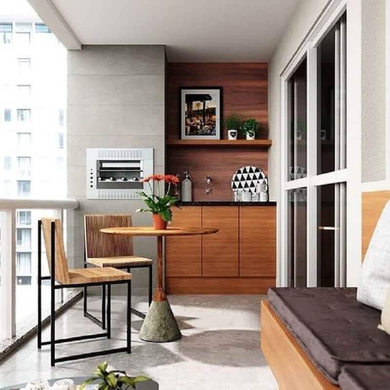mesa e cadeira para varanda de apartamento com churrasqueira Foto Dicas Decor