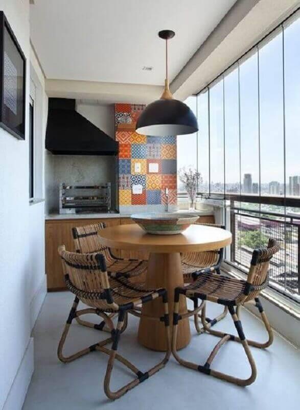 mesa e cadeira para varanda pequena com churrasqueira Foto Decoração de Casa