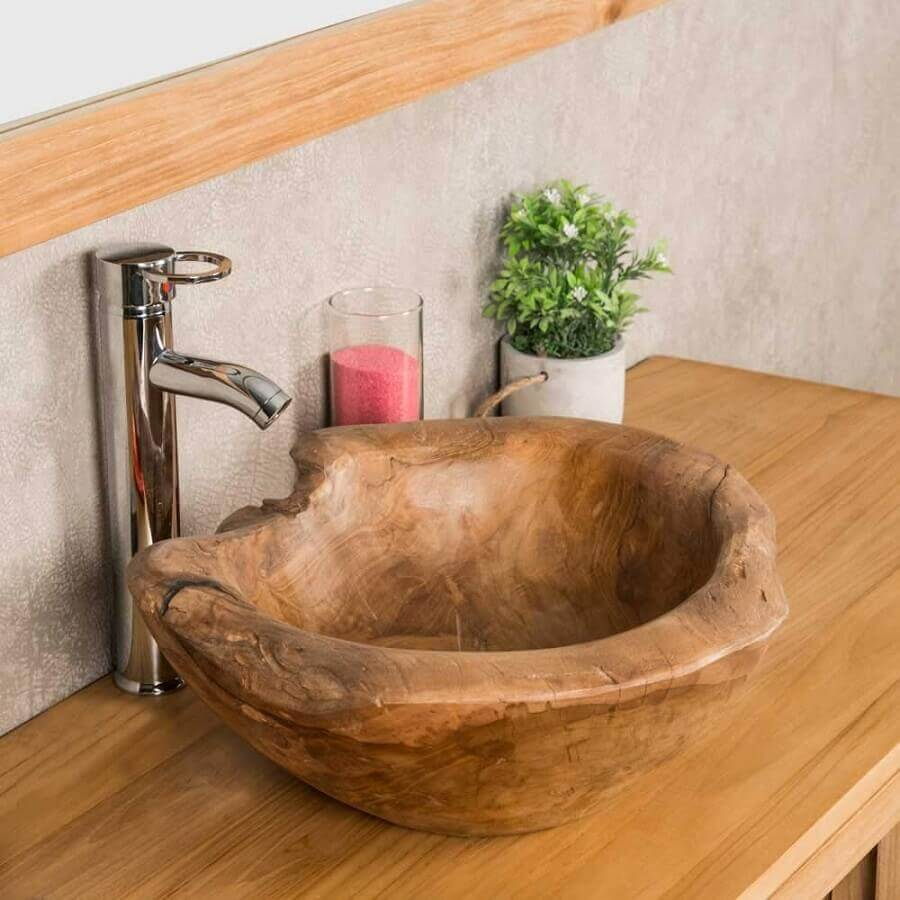 modelo rústico de pia de madeira para banheiro pequeno Foto Wanda Collection
